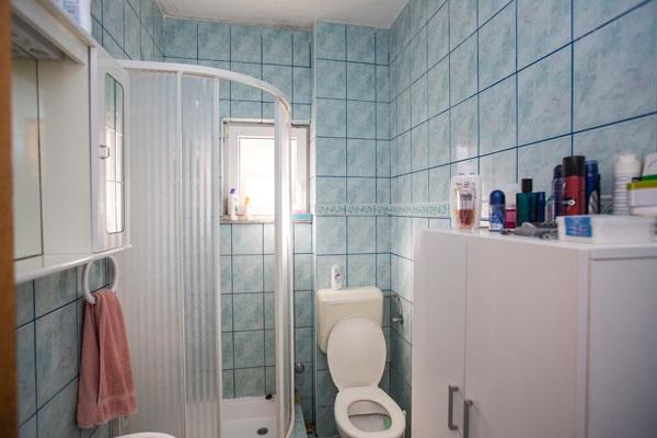 AP1 bathroom